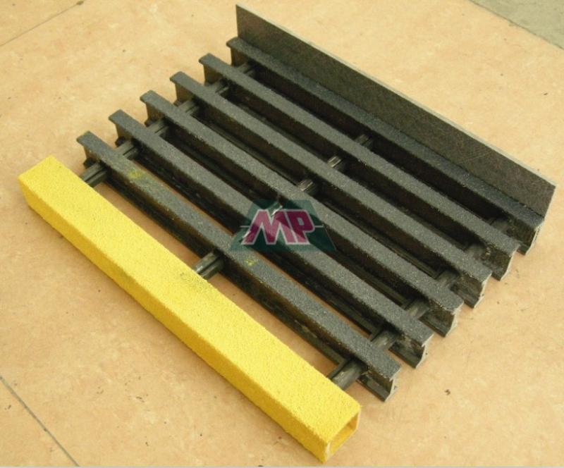Fiberglass stair treads hebei maple frp industry co ltd for Composite exterior stair treads